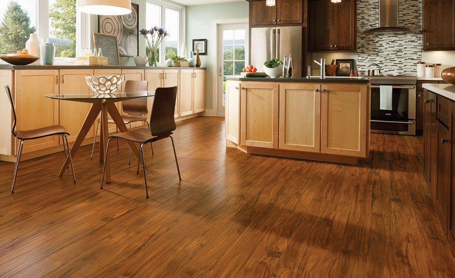 Retailer forum the latest in laminate flooring trends for Latest floor tile trends